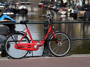 """Якщо у натовпі в Амстердамі крикнути """"Ей, це мій байк!"""" - як мінімум троє втечуть:)"""
