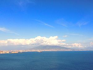 Везувій, Неаполь