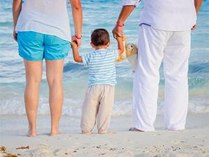 На морі з дитиною