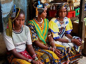 Нігерія традиційний святковий жіночий одяг